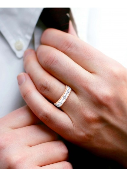 THE BUTTONED MEN'S RING